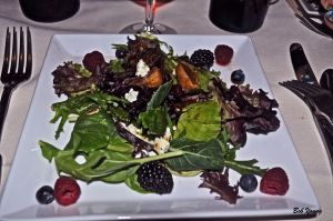 Fresh Mixed Greens with Figs and Berries 2012 Koenig Vineyards Rose