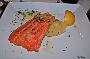 Fresh Sockeye Salmon with a Lemon Beurre Blanc 2011 Koenig Vineyards Viognier